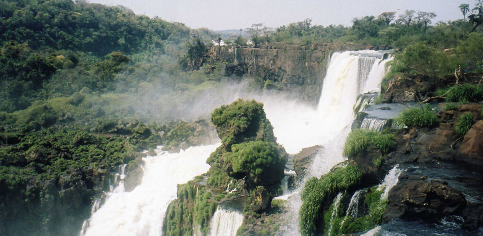 iguazu waterfalls 8